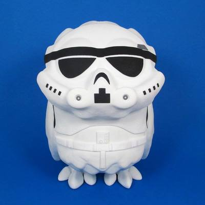 Stormtrooper_omen-jenn_and_tony_bot-omen-self-produced-trampt-240549m