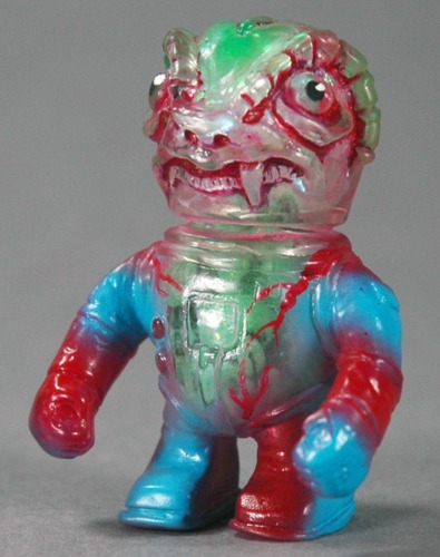 Errants_-_roku_ruge_one_off-uh-oh_toys-errants-trampt-241657m