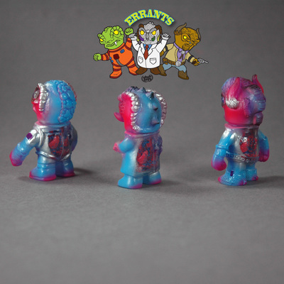 Errants_-_pink_with_guts-uh-oh_toys-errants-uh-oh_toys-trampt-241873m