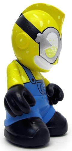 Blind_box_of_bots_-_minion-sekure_d-kidrobot_mascot-trampt-241957m