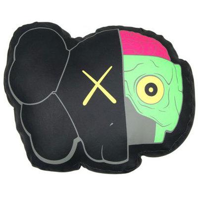 Kaws_black_dissected_companion_pillow-kaws-companion-original_fake-trampt-242438m