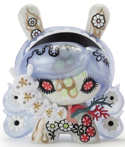 Violet_soda_lady_-_8-junko_mizuno-dunny-kidrobot-trampt-245145m