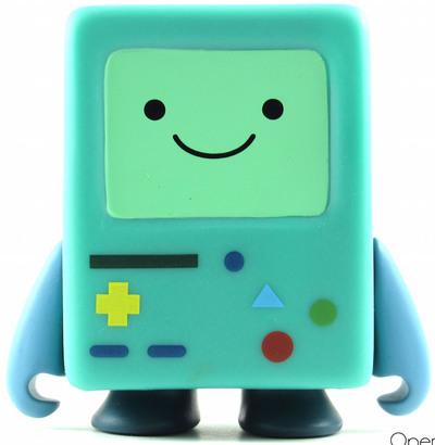 Beemo-pendleton_ward-adventure_time-kidrobot-trampt-245715m