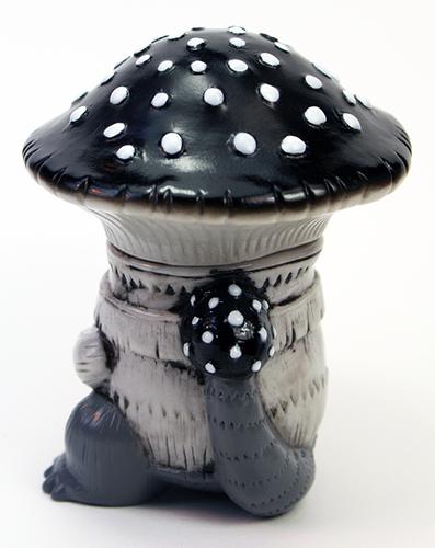 Kinora_mushroom_kaiju-kaori_hinata-kinora_mushroom-max_toy_company-trampt-246846m