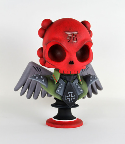 The_crimson_skull-huck_gee_scott_tolleson-skullhead_bust-self-produced-trampt-247438m