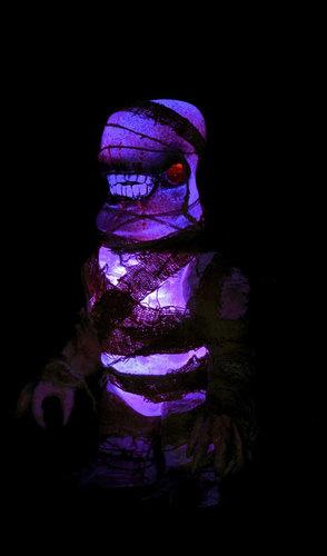 Mummy_gnaw_x_1-plaseebo_bob_conge-gnaw-x-trampt-248612m