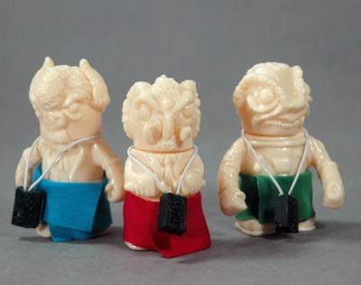 Birthday_suit_errants_-_set-uh-oh_toys-errants-uh-oh_toys-trampt-251267m