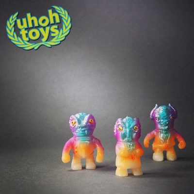 Errants_-_new_sunset-uh-oh_toys-errants-uh-oh_toys-trampt-251273m