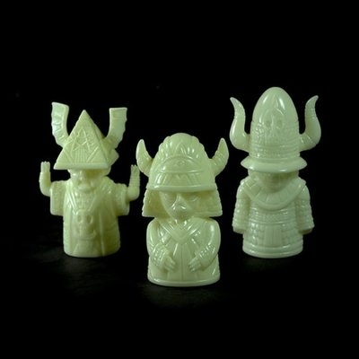 Magi_maleficarum_gid_set-martin_ontiveros-magi_maleficarum-toy_art_gallery-trampt-252142m