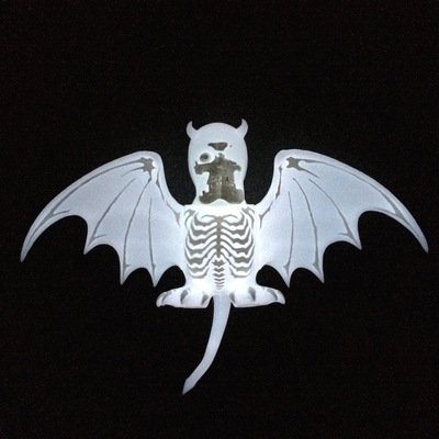 Nuclear_era_roh_vampire_bats_shocker_ver_white_gid-balzac_secret_base-skullbat-secret_base-trampt-252317m