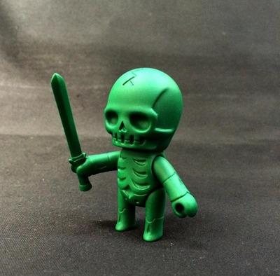 Skulltula_gaikotyu_swordsman_army_green-kinokeshi_shimomoku-skulltula_gaikochu-jungle-trampt-254390m