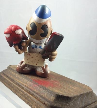 3_tall_sashimibots_wremovable_base-mr_mars-kidrobot_mascot-trampt-254440m
