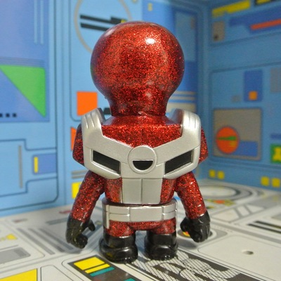 Nibbler_glitter_ranger_red-onell_design_matt_doughty_rampage_toys_jon_malmstedt_the_tarantulas-nibbl-trampt-254628m