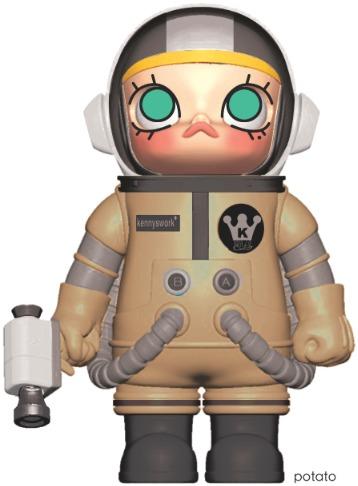 Space_molly_-_potato-kenny_wong-kenny_wong_-_molly-kennyswork-trampt-256462m