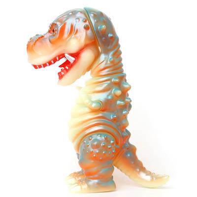 Kojikatoizu_chiraboaro_nocturnal__toyful_exclusive_-cojica_toys_hiramoto_kaiju-tyranbo-cojica_toys-trampt-256912m