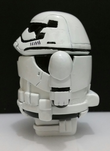 First_order_stormdroid-zander-android-trampt-257061m