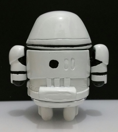 First_order_stormdroid-zander-android-trampt-257062m