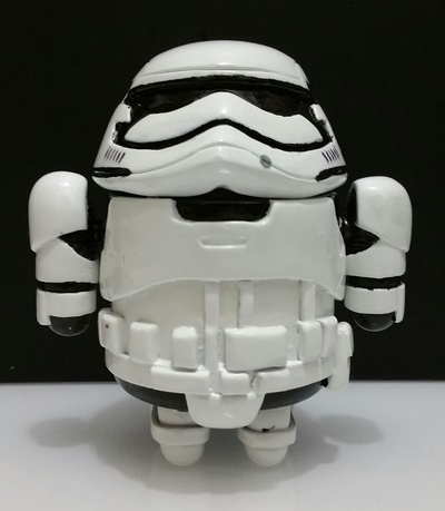 First_order_stormdroid-zander-android-trampt-257063m