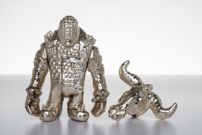 Metal_no_future_silver-kenth_toy_works-nofuture-toy_art_gallery-trampt-257141m