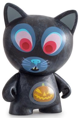 Ferals_-_scaredy_cat-amanda_visell-trikky-kidrobot-trampt-257843m