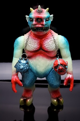 Mvh_x_splurrt_cinema_monster_fire__ice_version_-_blue_head__red_ball_variant_with_gold_chain-lash_ri-trampt-258142m