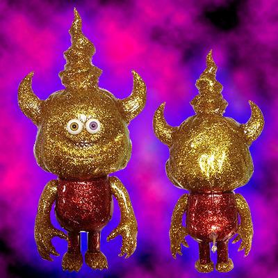 Vatundoo_gold_glitter_face-blobpus-vatundoo-trampt-258238m