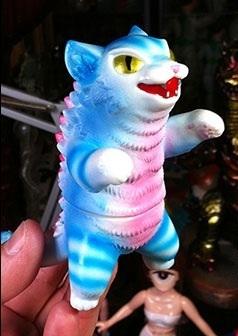 Kaiju_negora_-_blue_stripe-konatsu_koizumi-kaiju_negora-max_toy_company-trampt-258897m