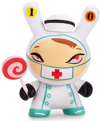 10_-_nurse_cackle-kathie_olivas-dunny-kidrobot-trampt-260524m