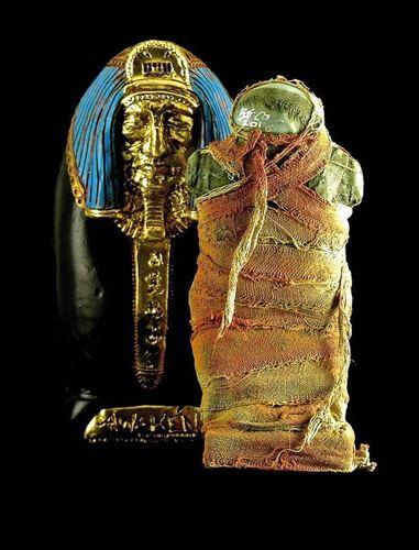 10th_anniversary_plaseebo_mummy_no2-plaseebo_bob_conge-plaseebo_mummy-trampt-261110m