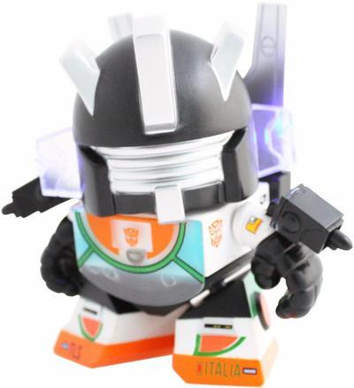 Wheeljack_al_italia_edition-les_schettkoe-transformer_mini-the_loyal_subjects-trampt-261163m