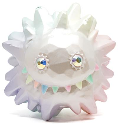 Big_ice_liquid_-_pearl_rainbow_gid-instinctoy_hiroto_ohkubo-ice_liquid-instinctoy-trampt-261651m