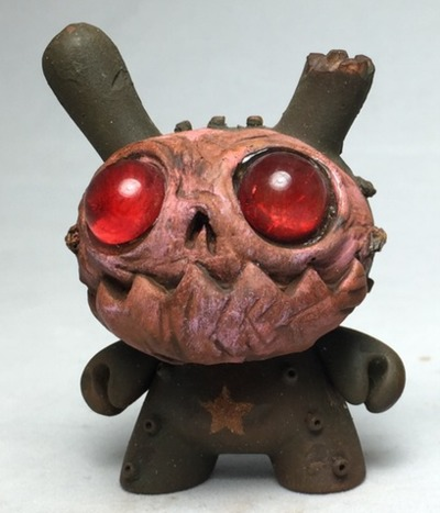 Wrong_mask_dunny-drilone-dunny-trampt-261866m
