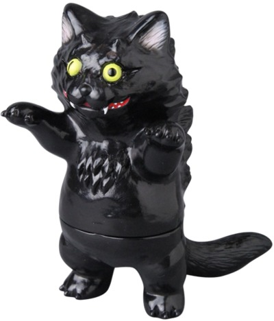 Aoba_black_cat-konatsu_koizumi_t9g_takuji_honda-aoba-museum-trampt-262107m