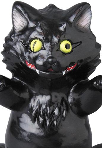 Aoba_black_cat-konatsu_koizumi_t9g_takuji_honda-aoba-museum-trampt-262109m