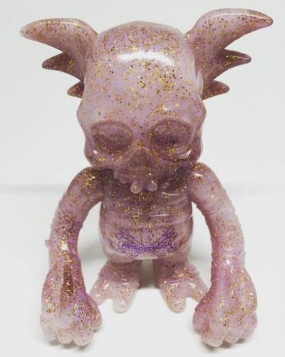 The_grim_purple_haze_glitter_skull_wing-pushead_secret_base_astro_zombies-skullwing-secret_base-trampt-262755m