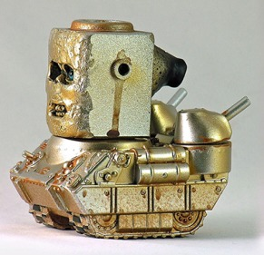 Robot_tank-plaseebo_bob_conge-kaiju_tank-trampt-262800m