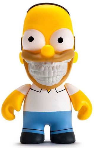 Homer_grin_-_3-ron_english-simpsons-kidrobot-trampt-262826m