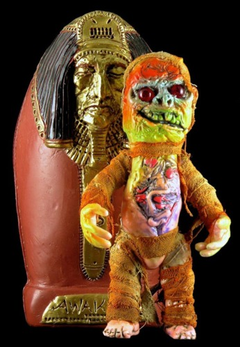 The_mummy_youzha_with_sarcophagus-plaseebo_bob_conge-youzha-trampt-264788m