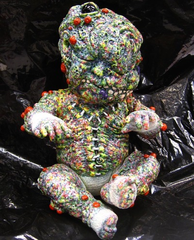 Autopsy_zombie_staple_baby-kenth_toy_works-autopsybabies_gergle-trampt-269719m