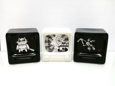 Awesome_toy_-_jpk_mini_prints_tv-awesome_toy_jon-paul_kaiser-awesome_tv-awesome_toy-trampt-269917m