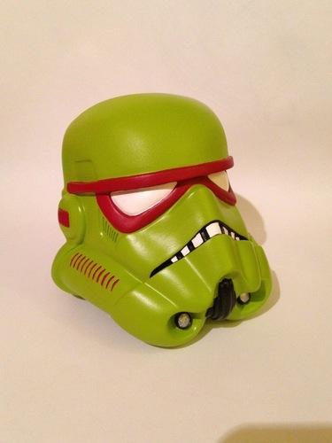 Tmnt_troopers-jon_walsh-stormtrooper_helmet-trampt-270812m