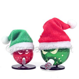 Merry_mini_bomb_2pk-frank_kozik-wtf-toy2r-trampt-271138m