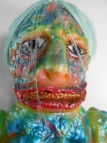 Violence_primitive_man_a_normal_face__neon_yellow_molding-nagnagnag_shigeru_arai-boryoku_genjin-nagn-trampt-271217m