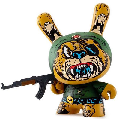 Super_soldier_bear-lamour_supreme_mishka_greg_rivera-dunny-kidrobot-trampt-273372m