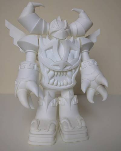 Mecha_azteca_-__white-jesse_hernandez-mecha_azteca-raje_toys-trampt-273847m