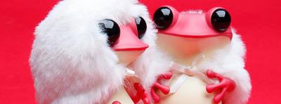 Apo_frog_-_fuzzy_valentine-twelvedot-apo_frogs-twelvedot-trampt-274822m