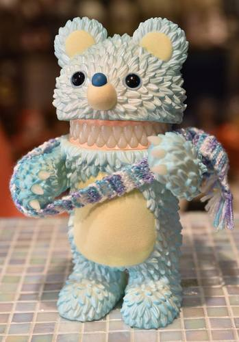 Muckey_11th_color_blue_yeti_blue_ieti-instinctoy_hiroto_ohkubo-muckey-instinctoy-trampt-274852m