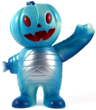 Blue_magic_pumpkin_boy-brian_flynn-pumpkin_boy-super7-trampt-275626m