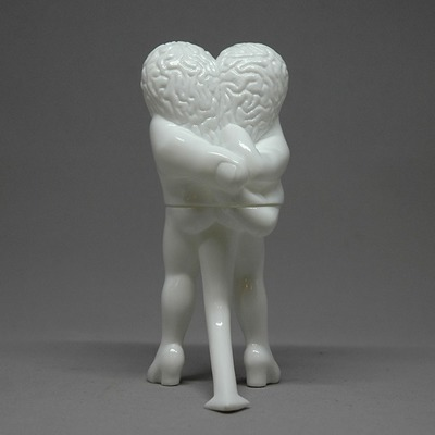 Peace_love_and_understanding_-_white_edition-ron_english-peace_love_and_understanding-toy_art_galler-trampt-275630m