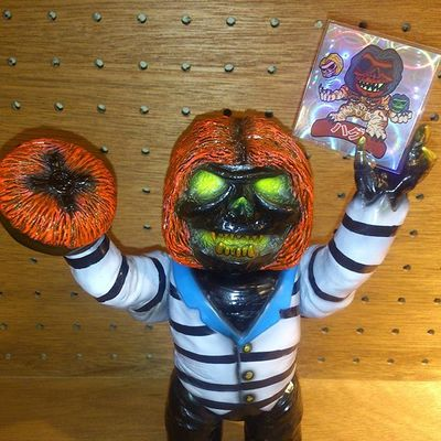 Rampagetoy_convict_hag_x_convict_limited_color__convict_exclusive_-lash_rich_montanari_rampage_toys_-trampt-276323m